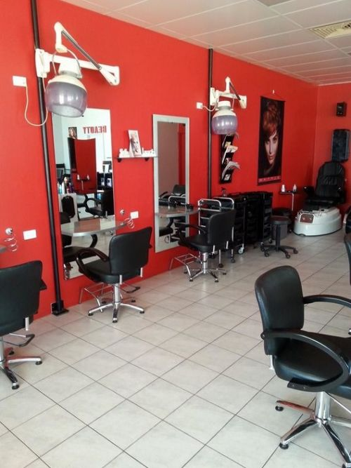 Studio Red - Hairdresser Find