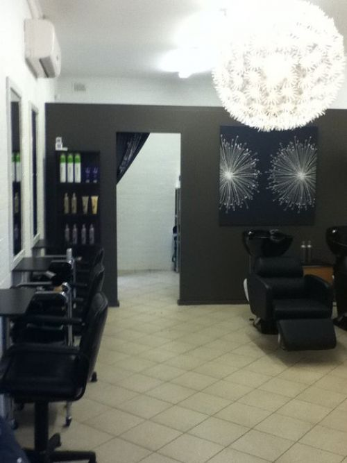 Detox Hair Salon - Hairdresser Find